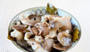 Маринованные грибы вешенки